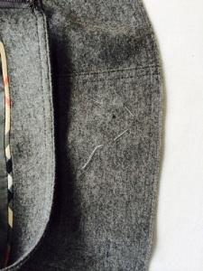 スカート穴修理2